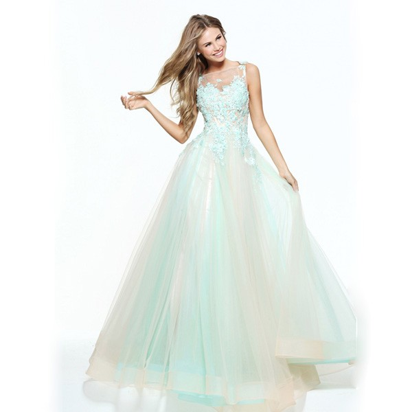 Embroidery-Beaded-Light-Blue-Western-Quinceanera-Dresses